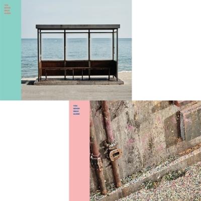 방탄소년단 (BTS) - [You Never Walk Alone] (LEFT / RIGHT 버전 선택) - 포스터옵션 :  Wings 윙스 봄날 피 땀 눈물