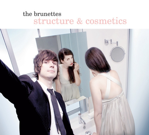 Brunettes - Structure & Cosmetics